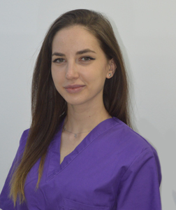 DR. ANA MARIA PALAMARI